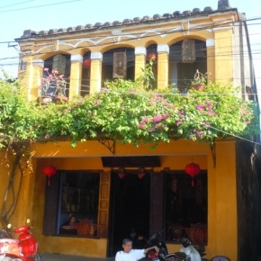 Hoi An: Silk and SCUBA